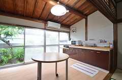 キッチンスペースの様子。(2015-07-07,共用部,KITCHEN,1F)