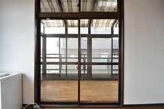 専用のサンルームが付いています。(302号室)(2015-03-18,専有部,ROOM,3F)
