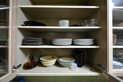 食器棚の様子。(2017-10-12,共用部,KITCHEN,1F)