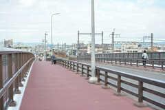 神崎川を渡る橋の様子。(2019-10-17,共用部,ENVIRONMENT,1F)