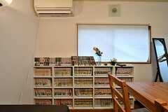 本棚の様子。(A棟)(2017-02-09,共用部,LIVINGROOM,1F)
