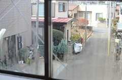 窓から見た外の景色。(201号室)(2013-12-09,専有部,ROOM,2F)