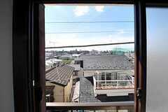 窓から見た外の景色。(202号室)(2012-08-24,専有部,ROOM,2F)