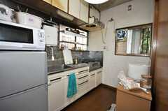 シェアハウスのキッチンの様子。(2009-06-17,共用部,KITCHEN,1F)