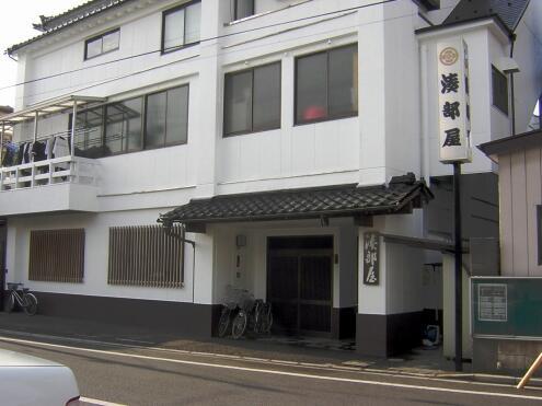 シェアハウス近くの相撲部屋