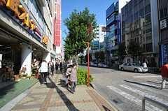 各線・蕨駅前の様子。(2013-11-06,共用部,ENVIRONMENT,1F)