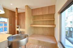 棚には食器やキッチン家電が並ぶ予定です。(2020-03-16,共用部,KITCHEN,2F)