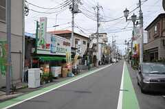 京浜東北線蕨駅からシェアハウスへ向かう道の様子。(2010-06-24,共用部,ENVIRONMENT,1F)
