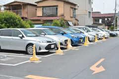 隣接する駐車場は、タイムズのカーシェアポートがあります。(2021-07-07,共用部,ENVIRONMENT,1F)