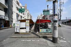 駅の近くには駐輪場があります。(2021-07-07,共用部,ENVIRONMENT,1F)
