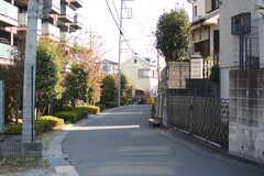 周辺は穏やかな住宅街です。(2017-11-07,共用部,ENVIRONMENT,1F)