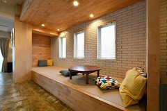 小上がりの様子。琉球畳が敷かれています。(2017-04-17,共用部,LIVINGROOM,1F)