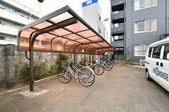 自転車置き場の様子。(2017-04-17,共用部,GARAGE,1F)