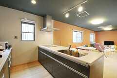 シェアハウスのキッチンの様子。(2011-02-11,共用部,KITCHEN,1F)