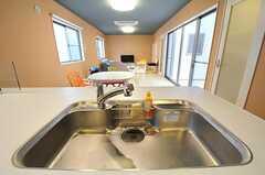 シェアハウスのキッチンの様子2。(2011-02-11,共用部,KITCHEN,1F)