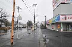 東武伊勢崎線・蒲生駅からシェアハウスへ向かう道の様子2。(2011-02-11,共用部,ENVIRONMENT,1F)
