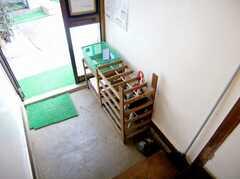 正面玄関内部の様子。(B棟・1F)(2007-03-22,周辺環境,ENTRANCE,1F)