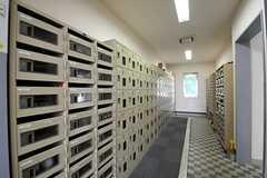 靴箱の様子。(2012-05-30,周辺環境,ENTRANCE,1F)