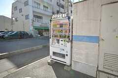自動販売機の様子。(2009-02-17,共用部,OTHER,1F)