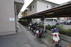 バイクも駐輪できます。(2013-04-18,共用部,GARAGE,1F)