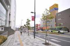 各線浦和駅からシェアハウスへ向かう道の様子。(2010-05-19,共用部,ENVIRONMENT,1F)