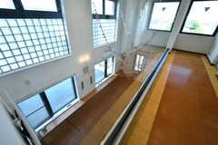 廊下から見た3階のラウンジ。(2017-05-29,共用部,OTHER,4F)