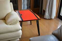 可愛らしいサイドテーブル。(2015-04-16,共用部,OTHER,1F)