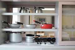 調理器具も用意されています。(2015-08-18,共用部,KITCHEN,2F)