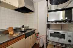 シェアハウスのキッチンの様子2。(2010-06-11,共用部,KITCHEN,2F)