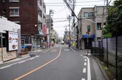 JR京浜東北線北浦和駅からシェアハウスへ向かう道の様子。(2010-06-11,共用部,ENVIRONMENT,1F)