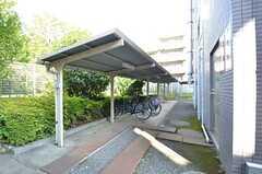 自転車置き場の様子。(2015-10-13,共用部,GARAGE,1F)