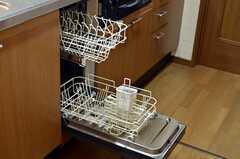 食洗機もあります。(2014-03-11,共用部,KITCHEN,1F)