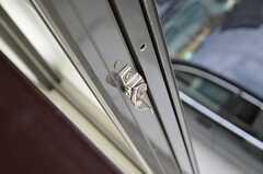 窓の鍵。(202号室)(2012-10-10,専有部,ROOM,2F)