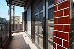 2Fの玄関の様子。(2014-09-30,周辺環境,ENTRANCE,2F)