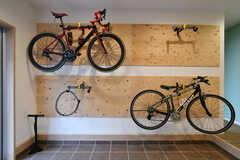 サイクルラックが6台分用意されています。(2020-10-07,周辺環境,ENTRANCE,1F)