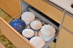 共用の食器は引き出しに収納されています。(2020-10-07,共用部,KITCHEN,1F)