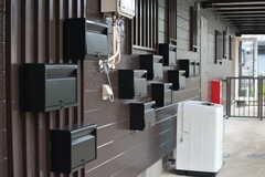 部屋ごとに分けられた郵便受け。(2020-10-07,共用部,OTHER,1F)