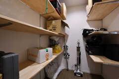 物置の様子2。自由に荷物を置いておけます。(2020-10-07,共用部,OTHER,2F)