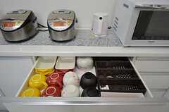食器は引き出しに収納されています。(2014-07-22,共用部,KITCHEN,1F)