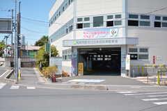 駅の近くには駐輪場があります。(2021-05-27,共用部,ENVIRONMENT,1F)