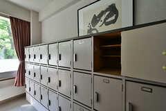 靴箱は部屋ごとに扉1枚分使えます。(2018-04-13,周辺環境,ENTRANCE,1F)