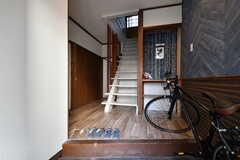玄関から見た内部の様子。(2020-11-05,周辺環境,ENTRANCE,1F)