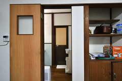 キッチン脇が脱衣室です。(2020-11-05,共用部,OTHER,1F)