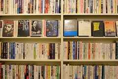一般書籍も置いてあります。(2016-02-29,共用部,LIVINGROOM,2F)