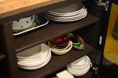 食器棚の様子。(2014-06-09,共用部,KITCHEN,1F)
