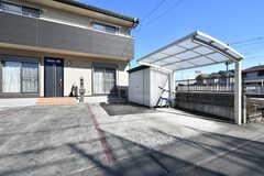 自転車置き場の様子。屋根付きです。(2020-02-10,共用部,GARAGE,1F)