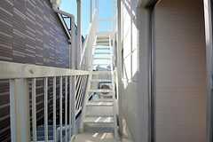 ベランダにある外階段の様子。(2011-10-06,共用部,OTHER,3F)