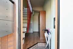 玄関から見た内部の様子。(2021-07-19,周辺環境,ENTRANCE,1F)