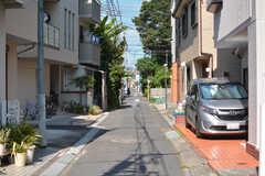 周辺はのんびりした雰囲気の住宅街です。(2021-07-19,共用部,ENVIRONMENT,1F)