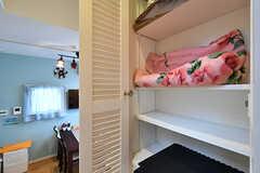 入居者さんが自由に使える収納棚。(B棟)(2017-09-06,共用部,OTHER,2F)